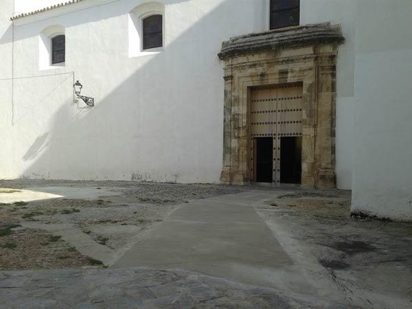 20140726_local_la_iglesia_de_san_sebastian_ya_tiene_acceso_para_minusvalidos