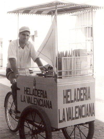 20160522_nuestros_comercios_publicidad_heladeria_la_valenciana_03