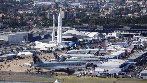 Imagen del exterior del Salón Internacional de la Aeronáutica en París.
