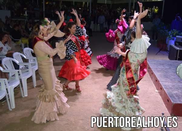Las Damas de la Feria de Puerto Real, por sevillanas.