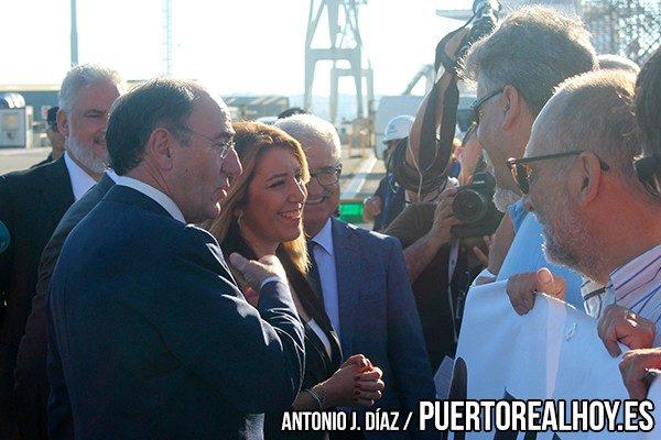Susana Díaz con los miembros del Comité de Empresa de Navantia Puerto Real.