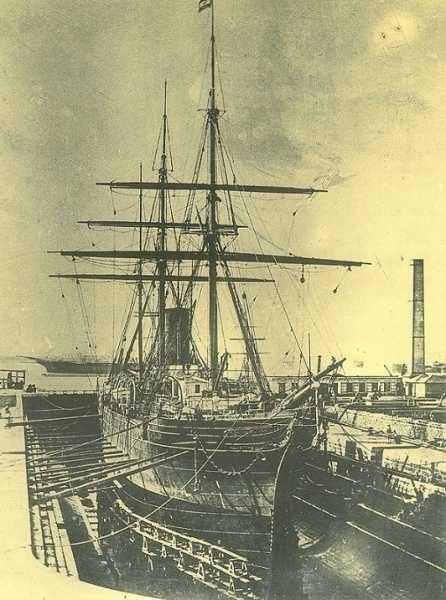 """Barco construido en el Dique de Matagorda. (Foto: Museo """"El Dique"""")."""